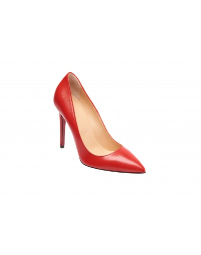 Iconic Red Pump