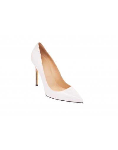 Iconic White Pump
